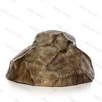 Декоративная крышка люка в виде камня