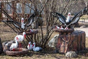 Скульптура из полистоуна для придомовой территории