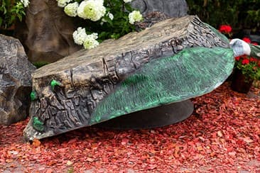 Крышки люков - самый нужный ландшафтный декор