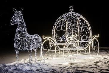 Новогодний декор для дачи - световые фигуры от Reklam.ru