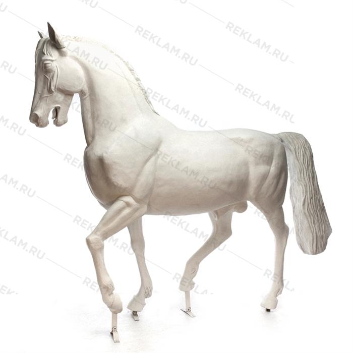 Ростовая фигура Конь рысак, стеклопластик, 230 x 287 см. - фото 18692
