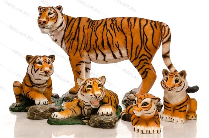 Объемные фигуры тигров