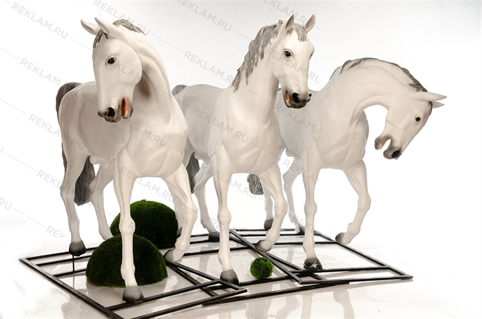 Комплект фигур коней Орловские рысаки