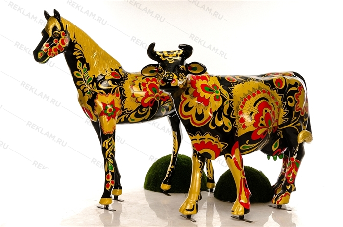 объемные фигуры корова и конь с покраской хохлома