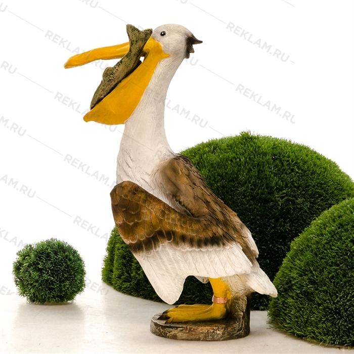 объемная фигура пеликан с рыбой
