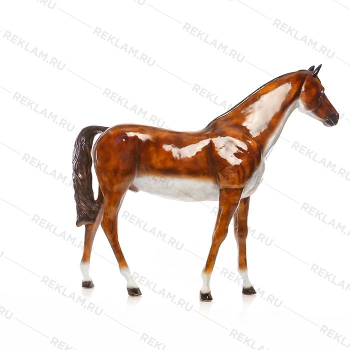 Ростовая фигура Лошадь бурая, пластик, 230 x 190 см. - фото 7358