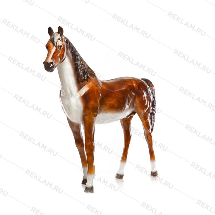 Ростовая фигура Лошадь бурая, пластик, 230 x 190 см. - фото 7362