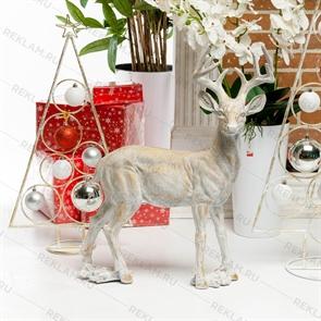 новогодняя фигура олень