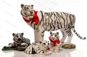 Комплект новогодних фигур Тигры амурские