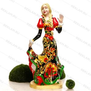 Объемная фигура девушка с покраской хохлома