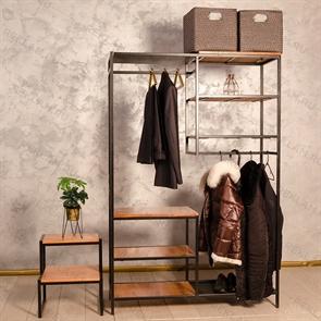 Кованная мебель для магазина одежды