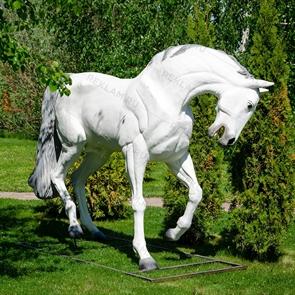 фигура коня