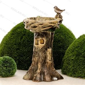 {{photo.Alt || photo.Description || 'Поилка для птиц Дерево с птичкой'}}