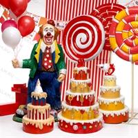 объемная большая фигура клоуна