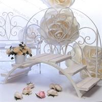 кованый декор для свадебного торжества