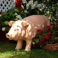 ландшафтная фигура свиньи