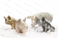 сувенирные фигуры свиней