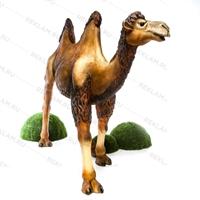 рекламная фигура верблюда