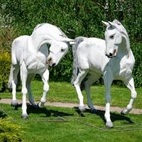 объемные фигуры коней