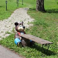 Скамейка Медведь с бочонком - фото 4472