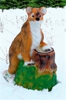 Фигура Медвежонок на пне