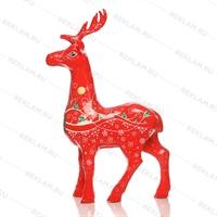 Новогодний красный олень