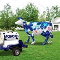рекламная фигура коровы для наружной рекламы