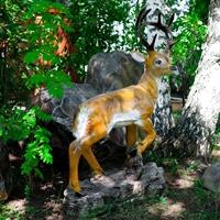 ростовая фигура оленя