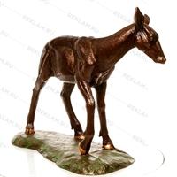скульптура под бронзу из пластика