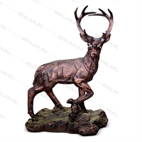 бронзовая парковая скульптура оленя
